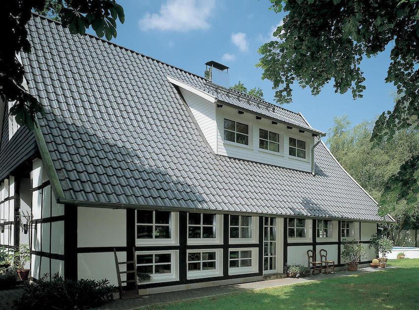 Fachwerkhaus mit Sprossen Seitenansicht